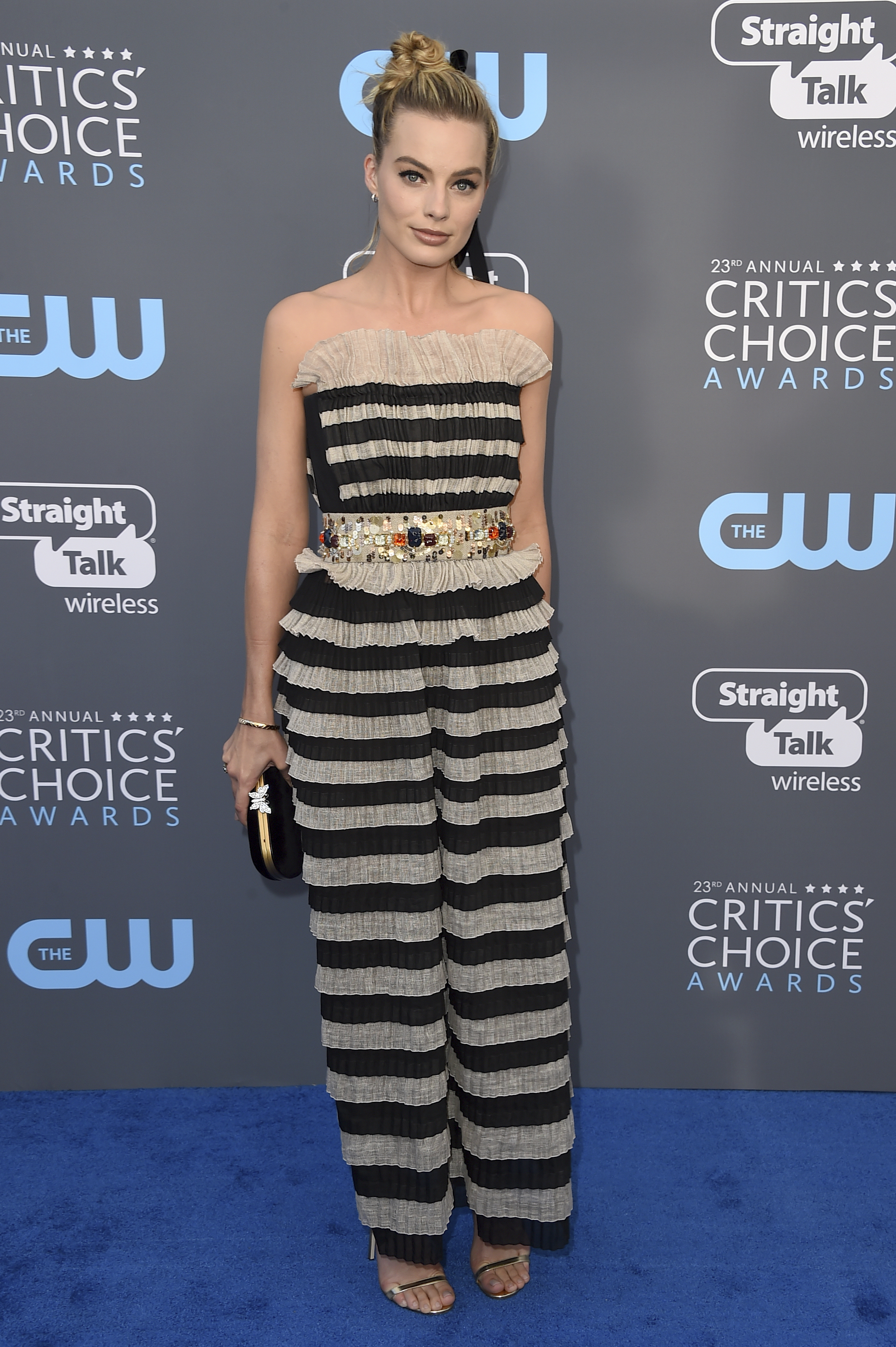 <div class='meta'><div class='origin-logo' data-origin='AP'></div><span class='caption-text' data-credit='Jordan Strauss/Invision/AP'>Margot Robbie arrives at the 23rd annual Critics' Choice Awards at the Barker Hangar on Thursday, Jan. 11, 2018, in Santa Monica, Calif.</span></div>