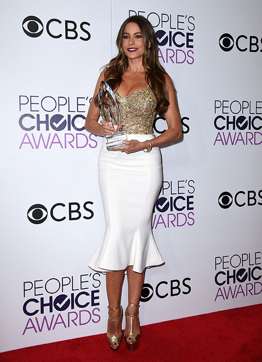 "<div class=""meta image-caption""><div class=""origin-logo origin-image none""><span>none</span></div><span class=""caption-text"">Sofia Vergara poses in the press room with the award for favorite comedic TV actress at the People's Choice Awards at the Microsoft Theater on Wednesday, Jan. 18, 2017. (Jordan Strauss/Invision/AP)</span></div>"