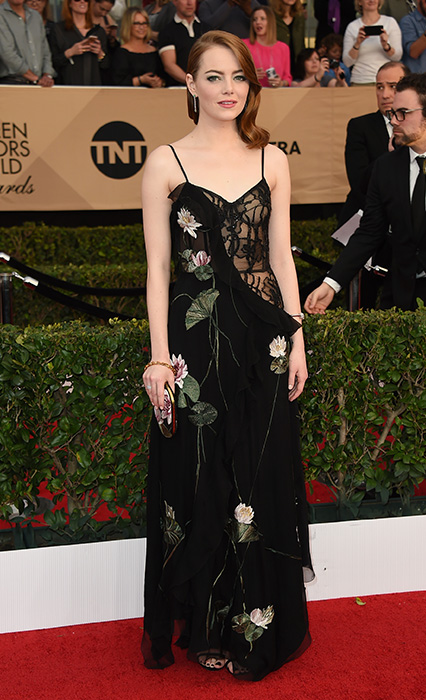 "<div class=""meta image-caption""><div class=""origin-logo origin-image ap""><span>AP</span></div><span class=""caption-text"">Emma Stone arrives at the 23rd annual Screen Actors Guild Awards at the Shrine Auditorium & Expo Hall on Sunday, Jan. 29, 2017, in Los Angeles. (Jordan Strauss/Invision/AP)</span></div>"