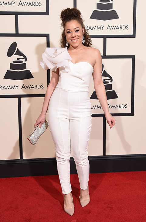 <div class='meta'><div class='origin-logo' data-origin='AP'></div><span class='caption-text' data-credit='Jordan Strauss/Invision/AP'>Kendra Foster arrives at the 58th annual Grammy Awards at the Staples Center on Monday, Feb. 15, 2016, in Los Angeles.</span></div>