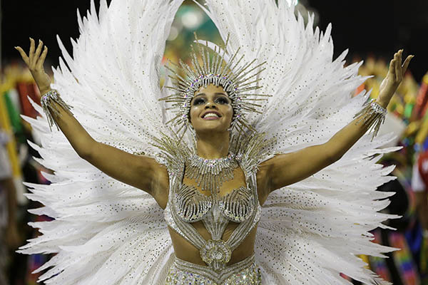 "<div class=""meta image-caption""><div class=""origin-logo origin-image ap""><span>AP</span></div><span class=""caption-text"">Drum queen Juliana Alves from the Unidos da Tijuca samba school parades during carnival celebrations at the Sambadrome in Rio de Janeiro, Brazil, early Tuesday, Feb. 17, 2015. </span></div>"