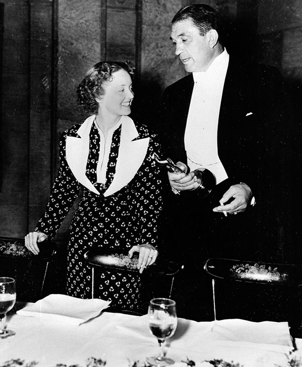 <div class='meta'><div class='origin-logo' data-origin='AP'></div><span class='caption-text' data-credit=''>Bette Davis and Victor McLaglen are shown after winning their Oscars at the 1935 Academy Awards banquet held at the Biltmore Bowl, Biltmore Hotel on March 5, 1936.</span></div>