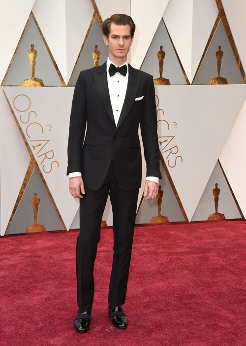 "<div class=""meta image-caption""><div class=""origin-logo origin-image ap""><span>AP</span></div><span class=""caption-text"">Andrew Garfield arrives at the Oscars on Sunday, Feb. 26, 2017, at the Dolby Theatre in Los Angeles. (Photo by Jordan Strauss/Invision/AP)</span></div>"
