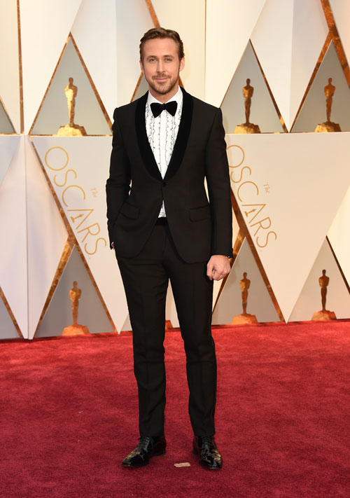 "<div class=""meta image-caption""><div class=""origin-logo origin-image ap""><span>AP</span></div><span class=""caption-text"">Ryan Gosling arrives at the Oscars on Sunday, Feb. 26, 2017, at the Dolby Theatre in Los Angeles. (Photo by Jordan Strauss/Invision/AP)</span></div>"