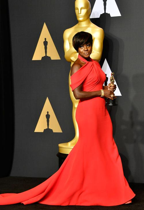 <div class='meta'><div class='origin-logo' data-origin='none'></div><span class='caption-text' data-credit='Photo by Frazer Harrison/Getty Images'>Actor Viola Davis, winner of the Best Supporting Actress award for 'Fences' poses in the press room during the 89th Annual Academy Awards.</span></div>