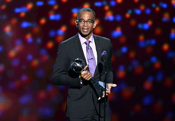 <div class='meta'><div class='origin-logo' data-origin='none'></div><span class='caption-text' data-credit='Photo/John Shearer'>Stuart Scott, longtime ESPN sportscaster, died Jan. 4 following a battle with cancer. He was 49.</span></div>