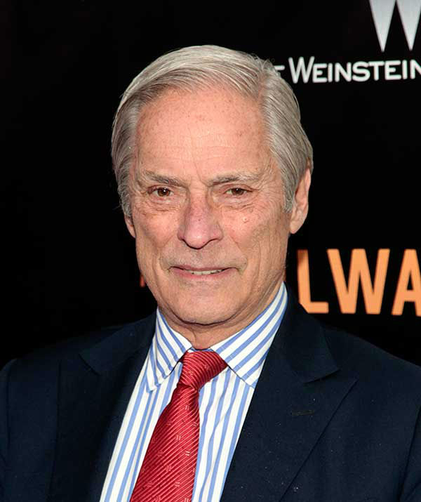 <div class='meta'><div class='origin-logo' data-origin='none'></div><span class='caption-text' data-credit='Photo/Andy Kropa'>Bob Simon, longtime ''60 Minutes'' correspondent, died Feb. 11, 2015 in a car wreck. He was 73.</span></div>