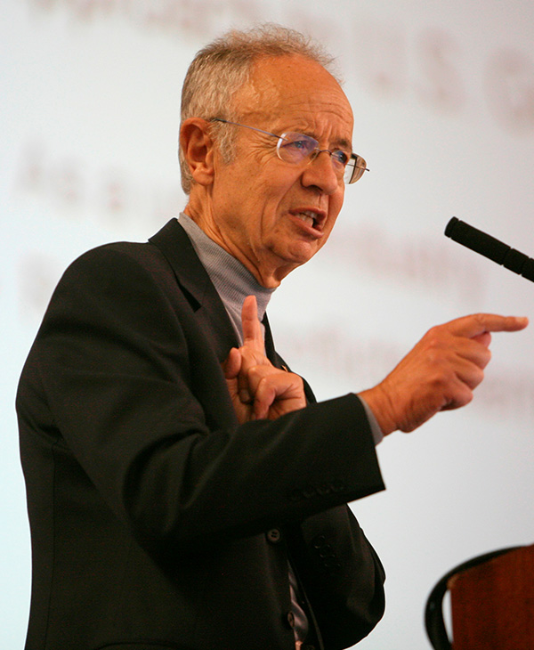 <div class='meta'><div class='origin-logo' data-origin='AP'></div><span class='caption-text' data-credit='AP Photo/Jeff Chiu'>Andy Grove, the onetime chairman and CEO of Intel and legendary tech leader, died Monday, March 21, 2016. He was 79.</span></div>