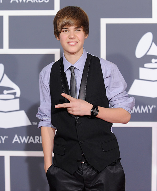 <div class='meta'><div class='origin-logo' data-origin='AP'></div><span class='caption-text' data-credit=''>Justin Bieber arrives at the Grammy Awards on Sunday, Jan. 31, 2010, in Los Angeles.</span></div>
