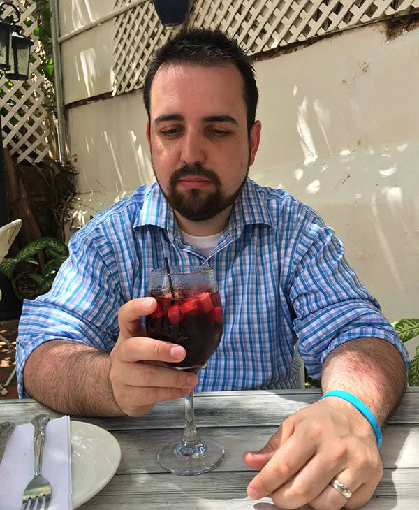 Man documents 'miserable' Puerto Rico vacation without his ...
