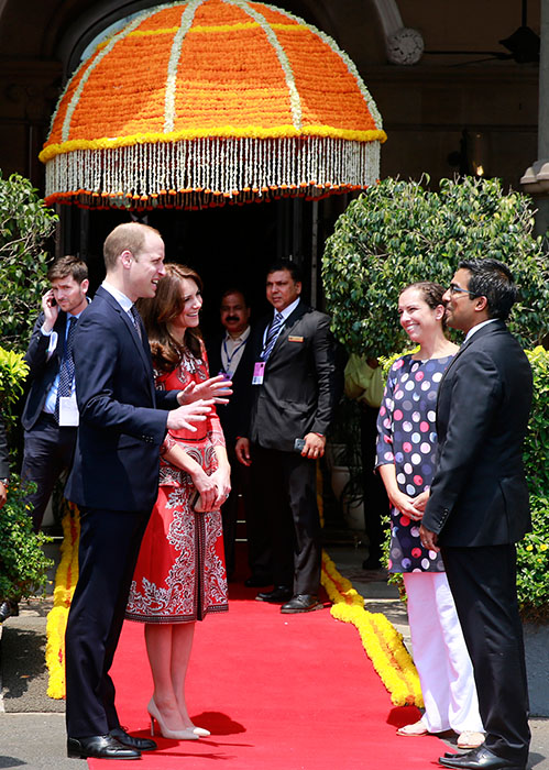 <div class='meta'><div class='origin-logo' data-origin='AP'></div><span class='caption-text' data-credit='Rafiq Maqbool/AP Photo'>Britain's Prince William, left, along with Kate, the Duchess of Cambridge, talks with staff members at Hotel Taj in Mumbai, India, Sunday, April 10, 2016.</span></div>