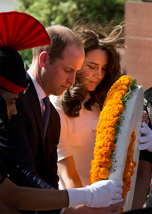 "<div class=""meta image-caption""><div class=""origin-logo origin-image ap""><span>AP</span></div><span class=""caption-text"">Prince William and wife Kate, the Duchess of Cambridge, paying their tributes at the India Gate war memorial on April 11, 2016. (Manish Swarup/Pool Photo via AP)</span></div>"