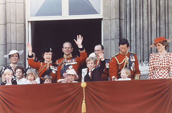 "<div class=""meta image-caption""><div class=""origin-logo origin-image none""><span>none</span></div><span class=""caption-text"">Queen Elizabeth II and Prince Philip, flanked by younger members of the royal family, wave from the balcony of Buckingham palace in 1986. (AP Photo)</span></div>"