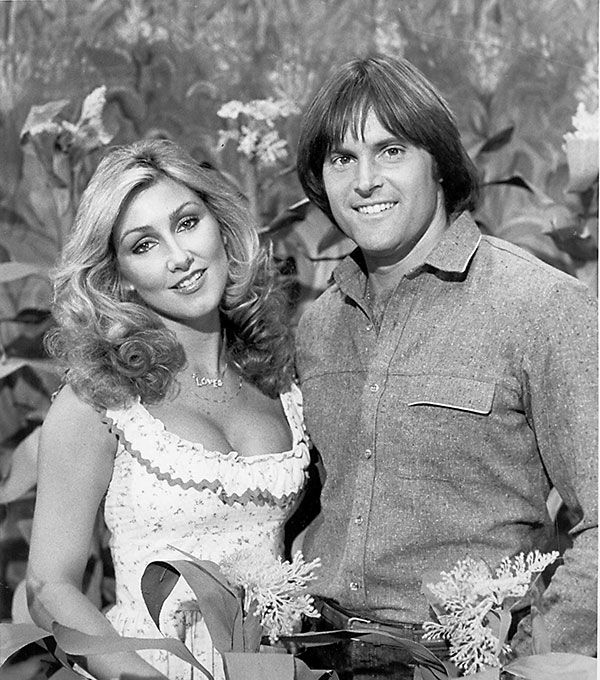 <div class='meta'><div class='origin-logo' data-origin='none'></div><span class='caption-text' data-credit='AP Photo'>Jenner and then-fiance actress Linda Thompson appear on the TV show ''Hee Haw'' in 1980.</span></div>