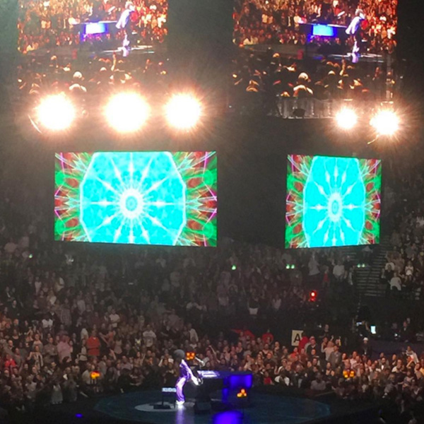 <div class='meta'><div class='origin-logo' data-origin='none'></div><span class='caption-text' data-credit='victorey/Instagram'>Prince in concert at the Oracle Arena in Oakland, Calif. on March 4,</span></div>