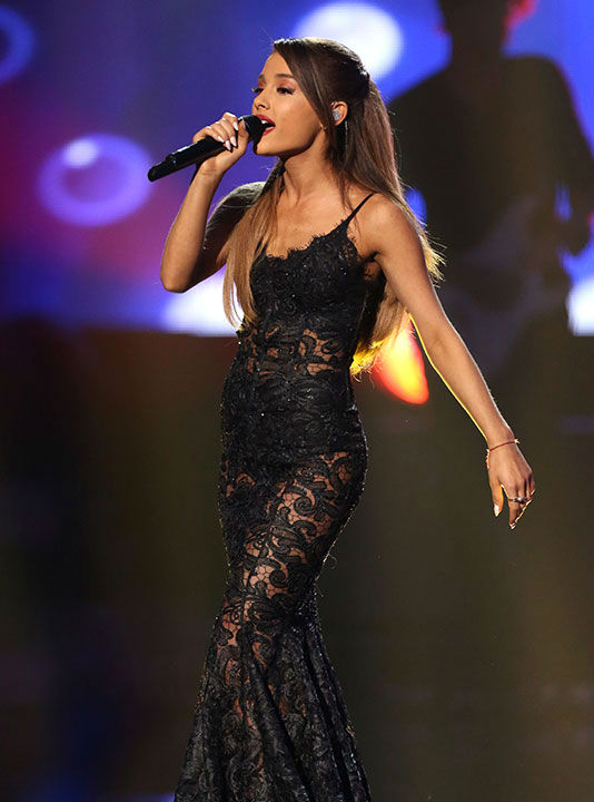 "<div class=""meta image-caption""><div class=""origin-logo origin-image none""><span>none</span></div><span class=""caption-text"">6. Ariana Grande (Photo/Matt Sayles)</span></div>"