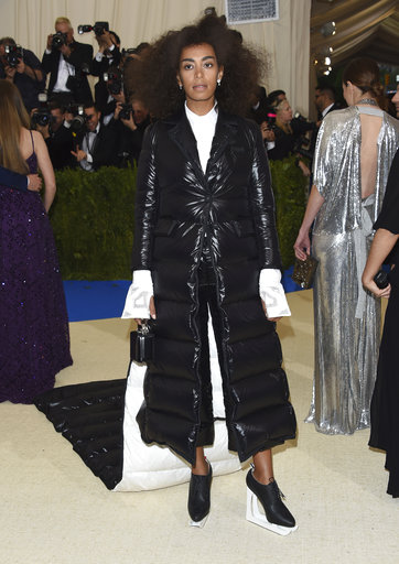 "<div class=""meta image-caption""><div class=""origin-logo origin-image ap""><span>AP</span></div><span class=""caption-text"">Solange attends The Metropolitan Museum of Art's Costume Institute benefit gala celebrating the opening of the Rei Kawakubo/Comme des Garçons: Art of the In-Between exhibit. (Evan Agostini/Invision/AP)</span></div>"