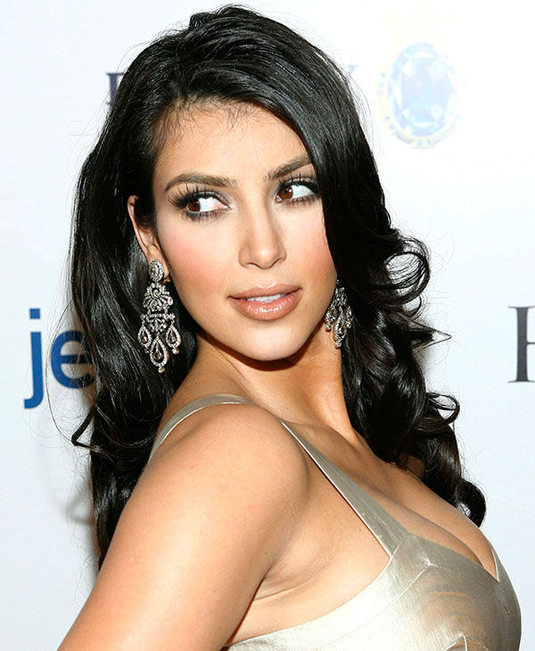 "<div class=""meta image-caption""><div class=""origin-logo origin-image none""><span>none</span></div><span class=""caption-text"">Kim Kardashian arrives at the Hollywood Life magazine Style Awards in West Hollywood, Calif. on Sunday, Oct. 7, 2007.  (AP)</span></div>"