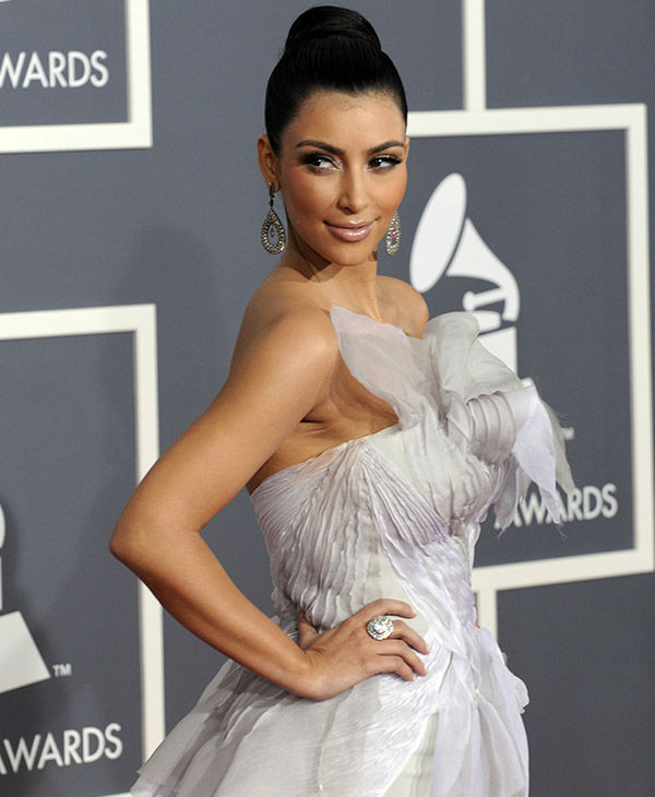 "<div class=""meta image-caption""><div class=""origin-logo origin-image none""><span>none</span></div><span class=""caption-text"">Kim Kardashian arrives at the 51st Annual Grammy Awards on Sunday, Feb. 8, 2009, in Los Angeles. (AP)</span></div>"