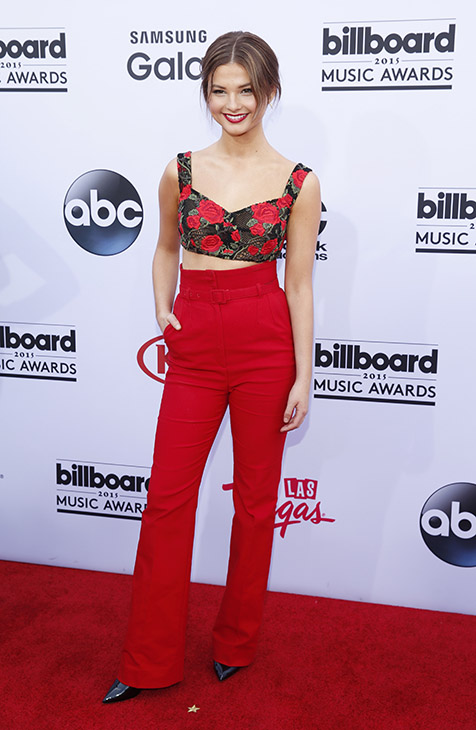"<div class=""meta image-caption""><div class=""origin-logo origin-image ap""><span>AP</span></div><span class=""caption-text"">Stefanie Scott arrives at the Billboard Music Awards at the MGM Grand Garden Arena on Sunday, May 17, 2015, in Las Vegas.  (AP)</span></div>"