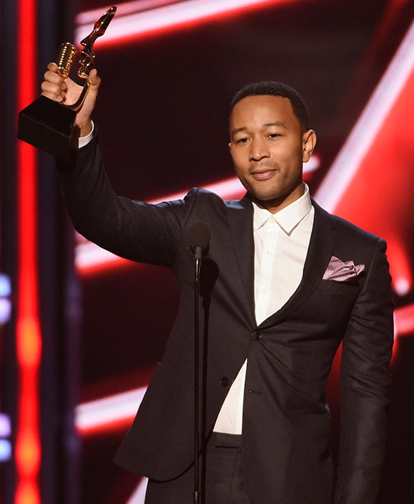"<div class=""meta image-caption""><div class=""origin-logo origin-image ap""><span>AP</span></div><span class=""caption-text"">John Legend accepts the award for top radio song for ""All of Me"" at the Billboard Music Awards at the MGM Grand Garden Arena on Sunday, May 17, 2015, in Las Vegas. (AP)</span></div>"