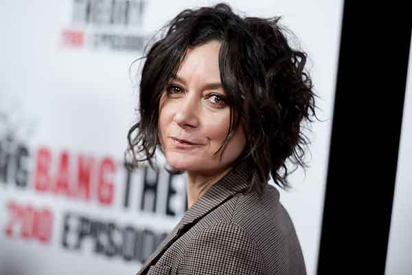 "<div class=""meta image-caption""><div class=""origin-logo origin-image kgo""><span>kgo</span></div><span class=""caption-text"">Actress Sara Gilbert attends the 200th Episode Celebration of ""The Big Bang Theory"" held at Vibiana on Saturday, Feb. 20, 2016, in Los Angeles.  (Richard Shotwell/Invision/AP)</span></div>"