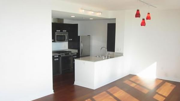 "<div class=""meta ""><span class=""caption-text "">This 960 square foot San Francisco home with two bedrooms and one bathroom sold in March for $1 million. (SFARMLS)</span></div>"