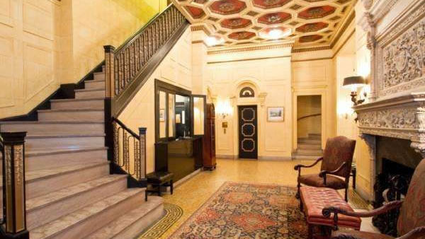 "<div class=""meta ""><span class=""caption-text "">This Philadelphia condo has two bedrooms, two bathrooms and is listed for $1 million. (BHHS Fox & Roach-Center City Walnut )</span></div>"