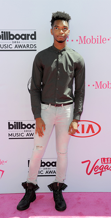 "<div class=""meta image-caption""><div class=""origin-logo origin-image ap""><span>AP</span></div><span class=""caption-text"">Kingsley arrives at the Billboard Music Awards at the T-Mobile Arena on Sunday, May 22, 2016, in Las Vegas. (Richard Shotwell/Invision/AP)</span></div>"