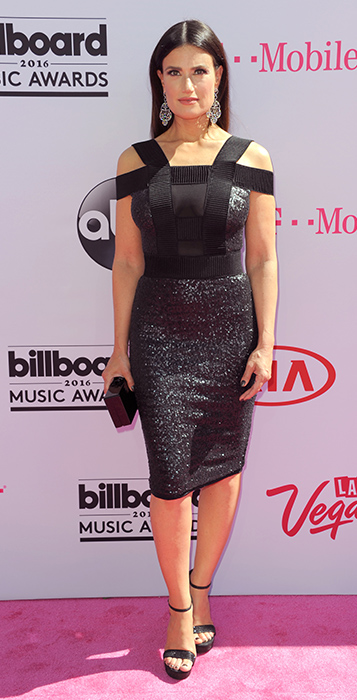"<div class=""meta image-caption""><div class=""origin-logo origin-image ap""><span>AP</span></div><span class=""caption-text"">Idina Menzel arrives at the Billboard Music Awards at the T-Mobile Arena on Sunday, May 22, 2016, in Las Vegas. (Richard Shotwell/Invision/AP)</span></div>"