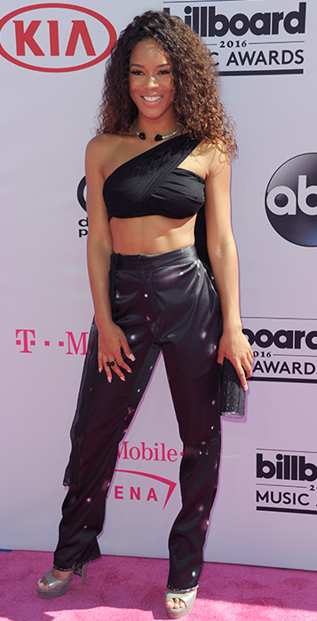 "<div class=""meta image-caption""><div class=""origin-logo origin-image ap""><span>AP</span></div><span class=""caption-text"">Serayah arrives at the Billboard Music Awards at the T-Mobile Arena on Sunday, May 22, 2016, in Las Vegas. (Richard Shotwell/Invision/AP)</span></div>"