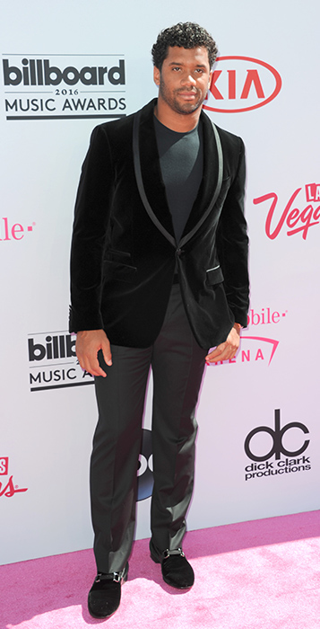 "<div class=""meta image-caption""><div class=""origin-logo origin-image ap""><span>AP</span></div><span class=""caption-text"">Russell Wilson arrives at the Billboard Music Awards at the T-Mobile Arena on Sunday, May 22, 2016, in Las Vegas. (Richard Shotwell/Invision/AP)</span></div>"
