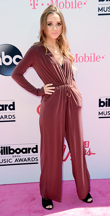 "<div class=""meta image-caption""><div class=""origin-logo origin-image ap""><span>AP</span></div><span class=""caption-text"">Heather Russell arrives at the Billboard Music Awards at the T-Mobile Arena on Sunday, May 22, 2016, in Las Vegas. (Richard Shotwell/Invision/AP)</span></div>"