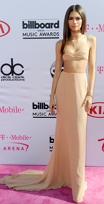 "<div class=""meta image-caption""><div class=""origin-logo origin-image ap""><span>AP</span></div><span class=""caption-text"">Zendaya arrives at the Billboard Music Awards at the T-Mobile Arena on Sunday, May 22, 2016, in Las Vegas. (Richard Shotwell/Invision/AP)</span></div>"