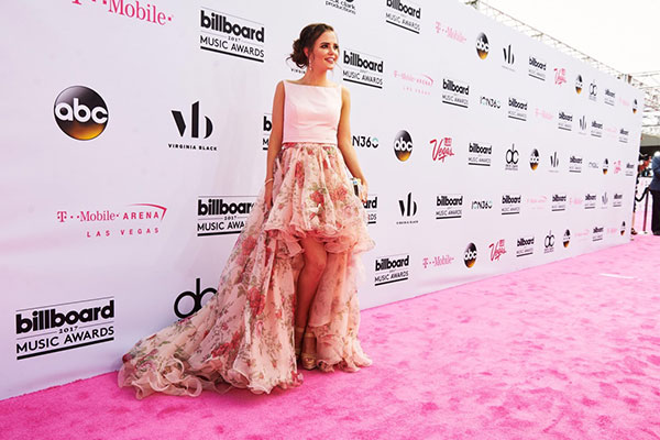 "<div class=""meta image-caption""><div class=""origin-logo origin-image none""><span>none</span></div><span class=""caption-text"">Tiffany Alvord arrives at the Billboard Music Awards. (Courtesy of the Billboard Music Awards)</span></div>"