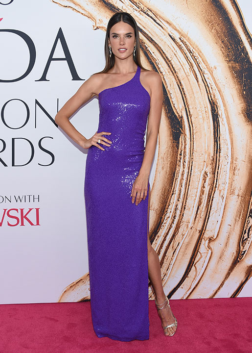"<div class=""meta image-caption""><div class=""origin-logo origin-image wpvi""><span>wpvi</span></div><span class=""caption-text"">Alessandra Ambrosio arrives at the CFDA Fashion Awards on Monday, June 6, 2016, in New York. (Evan Agostini/Invision/AP)</span></div>"