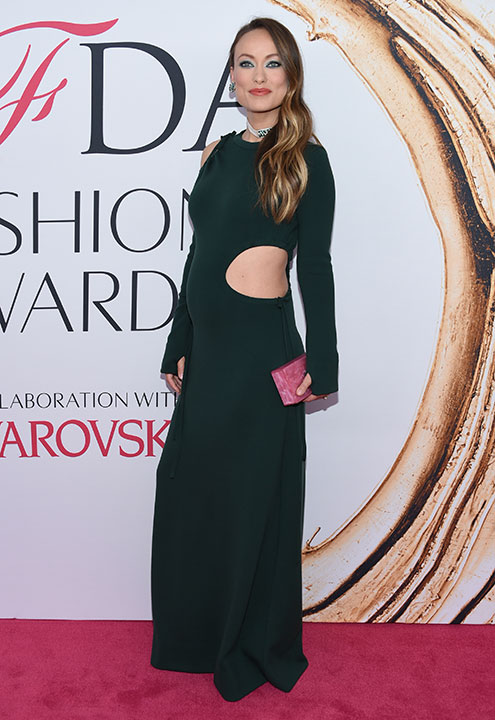 "<div class=""meta image-caption""><div class=""origin-logo origin-image kabc""><span>kabc</span></div><span class=""caption-text"">Olivia Wilde arrives at the CFDA Fashion Awards on Monday, June 6, 2016, in New York. (Evan Agostini/Invision/AP)</span></div>"
