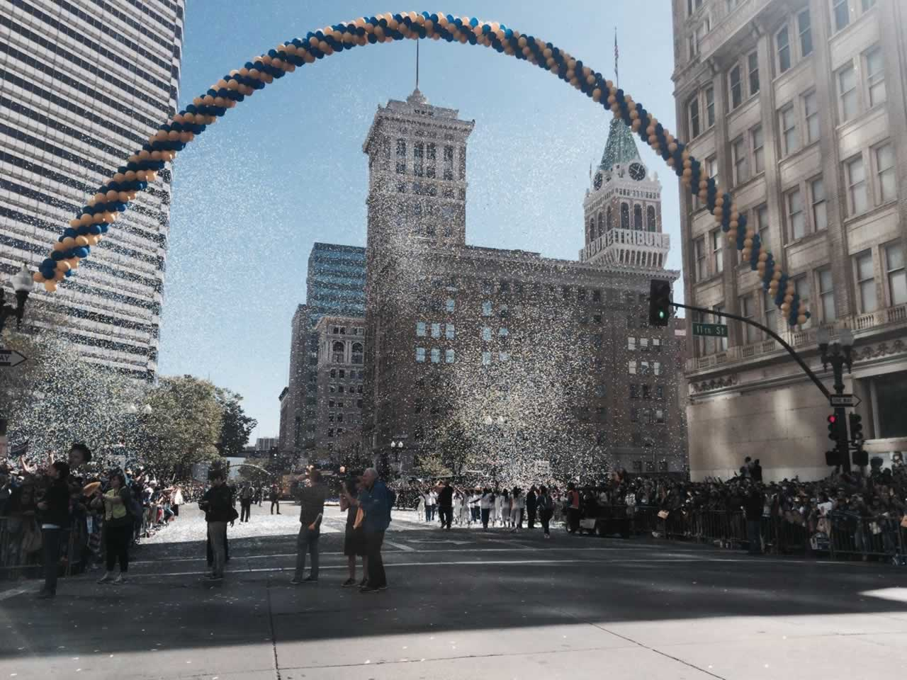 "<div class=""meta image-caption""><div class=""origin-logo origin-image none""><span>none</span></div><span class=""caption-text"">The Golden State Warriors parade in Oakland, Calif. on Friday, June 19, 2015. (KGO-TV)</span></div>"