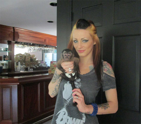 Manslaughter suspect Alix Tichelman is an apparent model and prostitute. Her twitter profile claims she is also a stylist, writer and exotic dancer. <span class=meta>(modifieddollxx &#47; Facebook)</span>