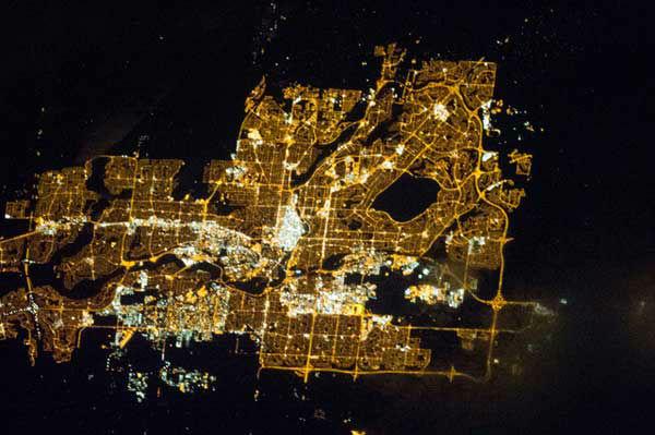 """<div class=""""meta """"><span class=""""caption-text """">Calgary, Canada</span></div>"""