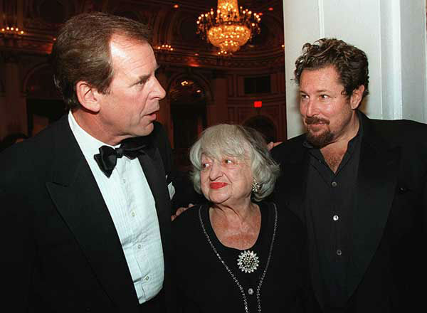 <div class='meta'><div class='origin-logo' data-origin='none'></div><span class='caption-text' data-credit='AP Photo/STUART RAMSON'>Jennings, Betty Friedan, center, and Julian Schnabel stop for a chat after receiving Lifetime Achievment Awards from the Academy of the Arts in 1998.</span></div>