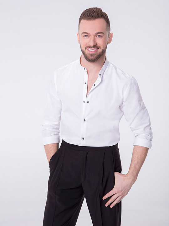 "<div class=""meta image-caption""><div class=""origin-logo origin-image none""><span>none</span></div><span class=""caption-text"">Artem Chigvintsev will return for a sixth season. (Craig Sjodin/ABC)</span></div>"