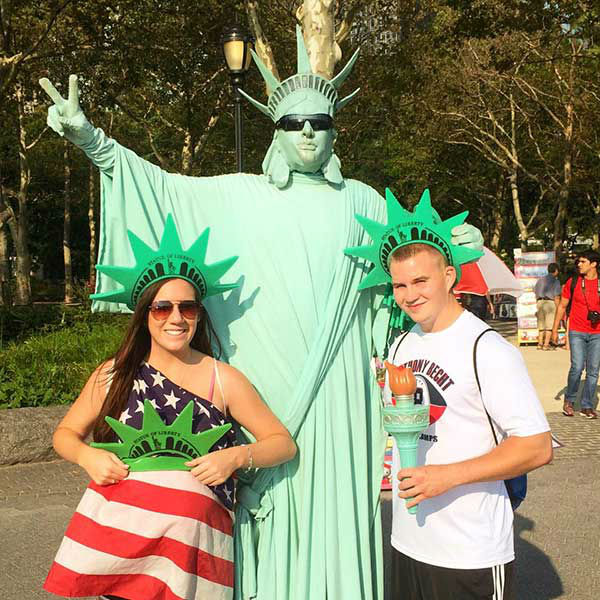 "<div class=""meta image-caption""><div class=""origin-logo origin-image ""><span></span></div><span class=""caption-text"">Jenna and Dan exploring New York City, including Central Park and the Statue of Liberty (Creative Content Photo/ Facebook, Prayers for Shane)</span></div>"