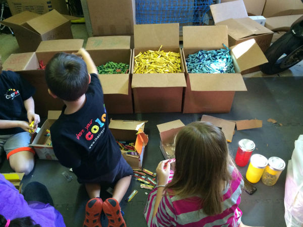 "<div class=""meta image-caption""><div class=""origin-logo origin-image none""><span>none</span></div><span class=""caption-text"">The crayons are then packaged up and delivered to children's hospitals for patients to enjoy. (The Crayon Initiative/Facebook)</span></div>"