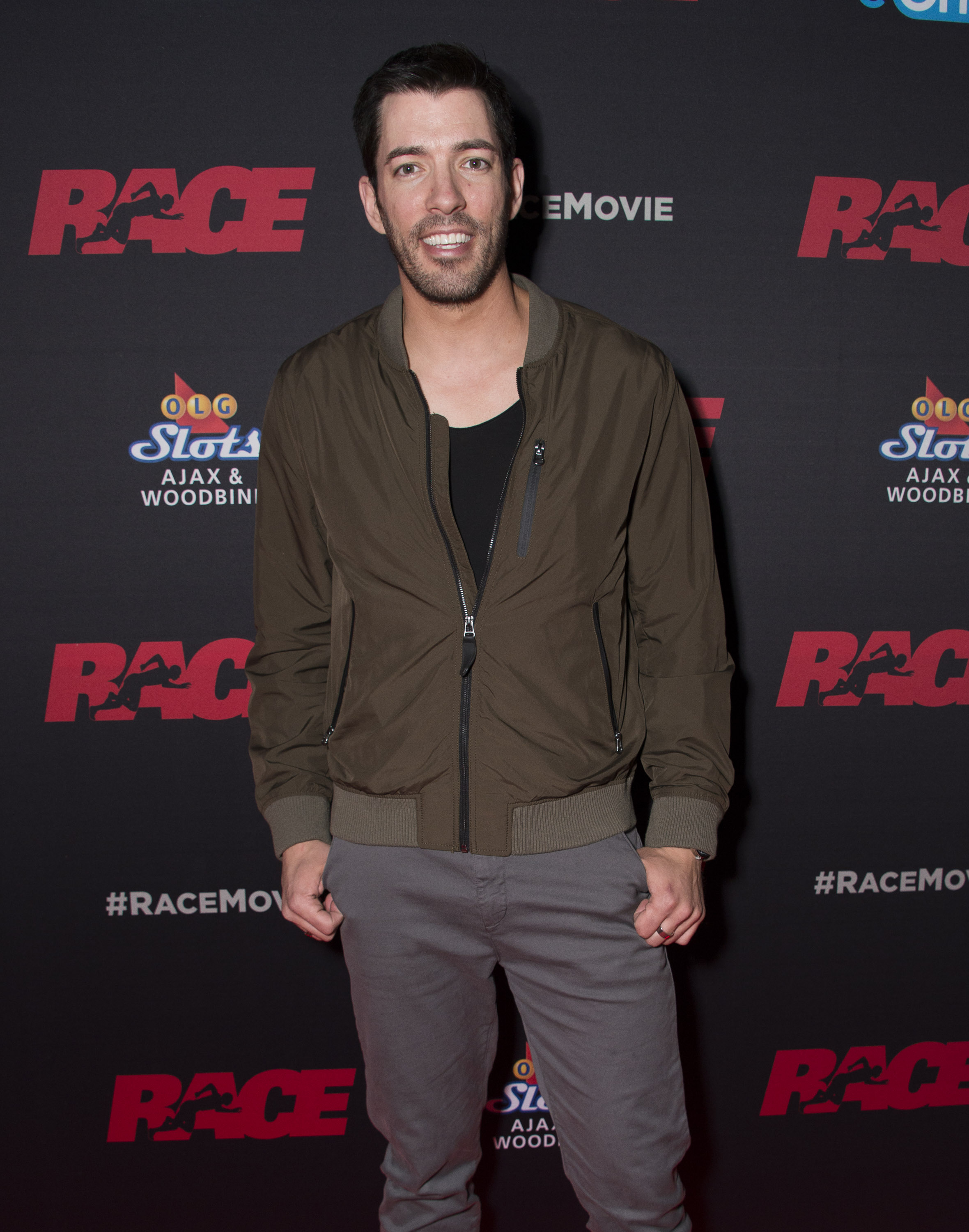 <div class='meta'><div class='origin-logo' data-origin='none'></div><span class='caption-text' data-credit='Arthur Mola/Invision/AP'>Drew Scott of ''Property Brothers'' will be competing this season.</span></div>