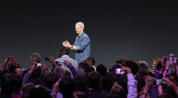 "<div class=""meta image-caption""><div class=""origin-logo origin-image ""><span></span></div><span class=""caption-text"">Tim Cook wearing the new Apple Watch. (Apple)</span></div>"