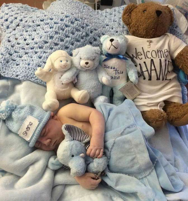 "<div class=""meta image-caption""><div class=""origin-logo origin-image ""><span></span></div><span class=""caption-text"">UPDATE: The Haleys shared that, ''at 6:15AM, after meeting his entire family and being baptized into the Catholic faith, baby Shane died peacefully in his Mother's arms.'' (Photo/Facebook, Prayers for Shane)</span></div>"
