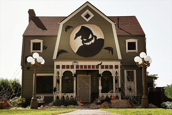 last year mcconnell decorated her parents house based off of tim burtons the nightmare before christmas