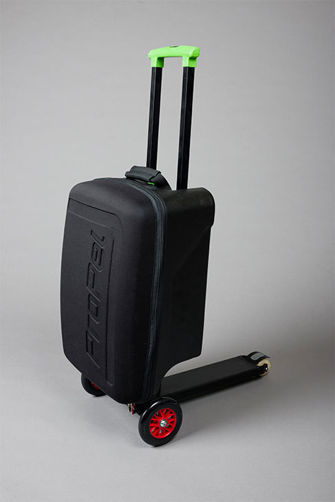 """<div class=""""meta image-caption""""><div class=""""origin-logo origin-image """"><span></span></div><span class=""""caption-text"""">This new product combines a backpack and a scooter. Olaf Scooters proposes to make two models: the OLAF Urban and the OLAF Business, both with different configurations. (Photo/Olaf Scooter)</span></div>"""