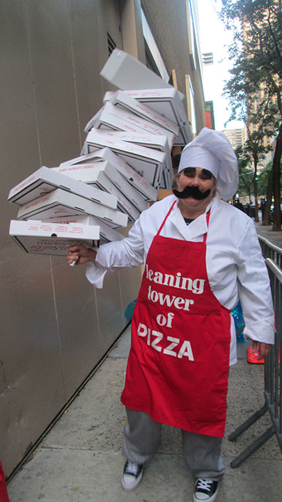 "<div class=""meta image-caption""><div class=""origin-logo origin-image none""><span>none</span></div><span class=""caption-text"">The ''Leaning Tower of Pizza'' lines up outside the ''Live with Kelly'' studio.</span></div>"